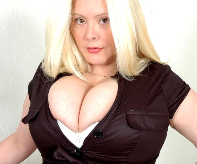 gros seins naturels escort girl menton